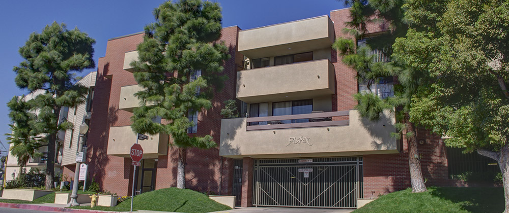 2345 MERTON AVE., LOS ANGELES CA 90041